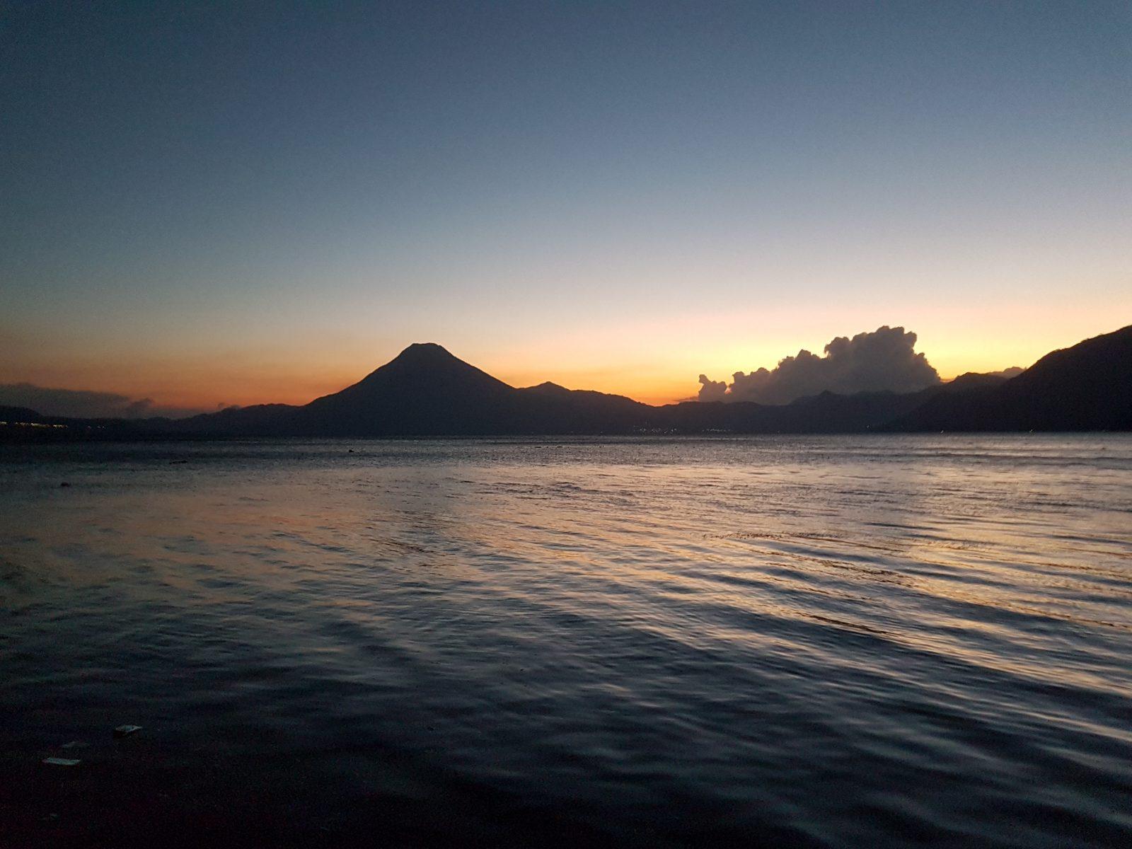 """<img src=""""images/"""" width=""""800"""" height=""""600"""" alt=""""lake atitlán - 20170319 184027 1 - Guatemala: Loving Life on Lake Atitlán"""">"""