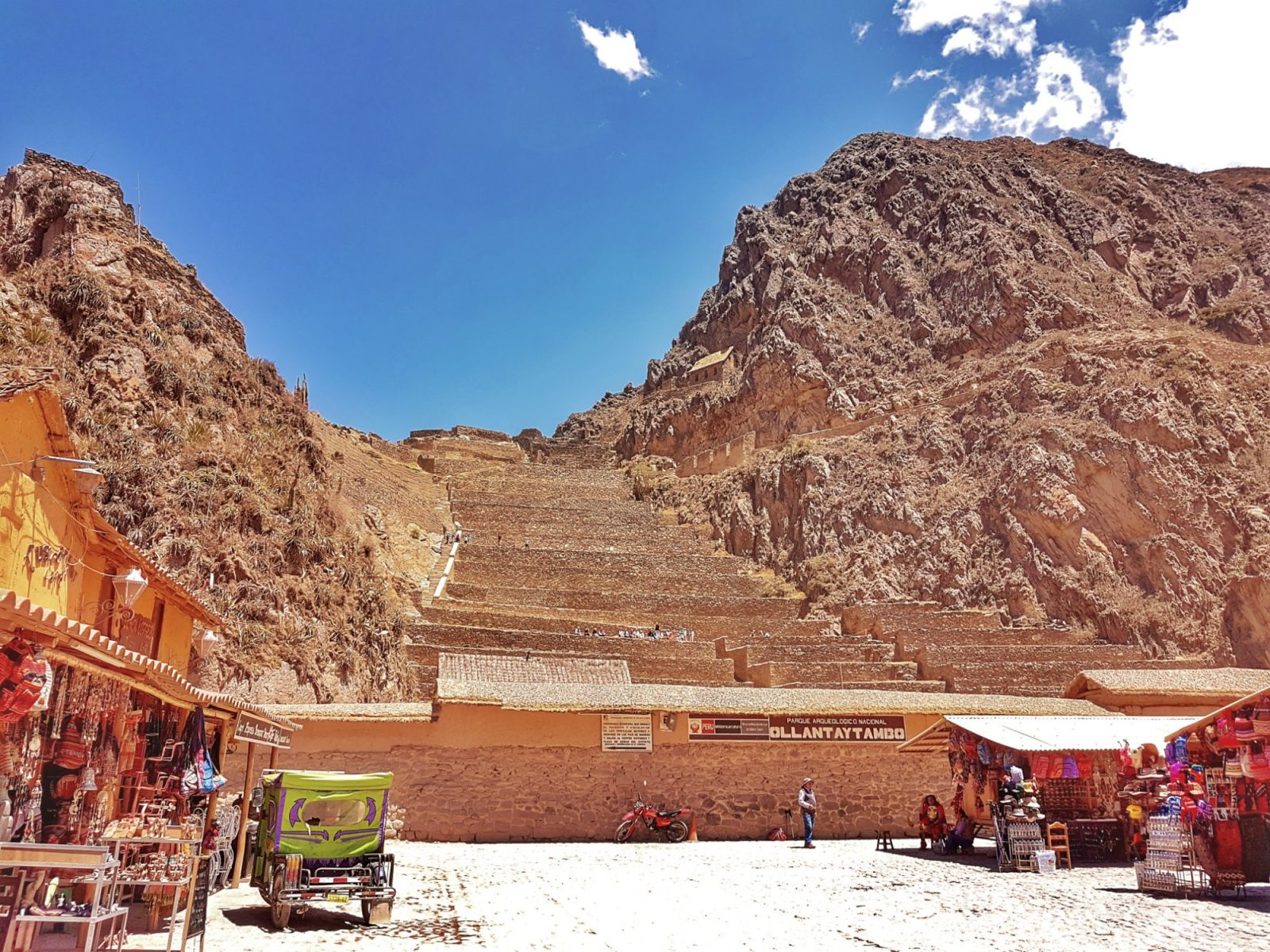 """<img src=""""images/"""" width=""""800"""" height=""""600"""" alt=""""sacred valley - 20171006 103936 01720073575 - Peru: Town Hopping The Sacred Valley"""">"""