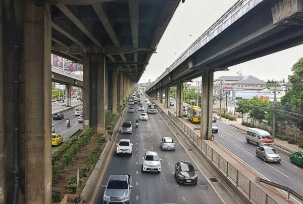"<img src=""images/"" width=""800"" height=""600"" alt=""how to travel from bangkok airport to the south bus terminal - 20180627 161741 013956257970737440871 600x403 - Thailand: How to Travel From Bangkok Airport to The South Bus Terminal"">"