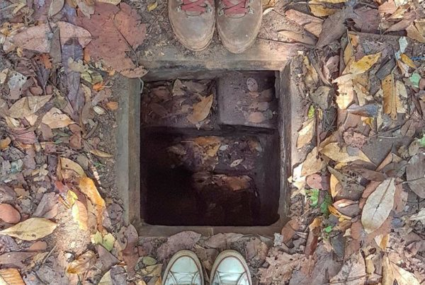 "<img src=""images/"" width=""800"" height=""600"" alt="" - ent2 600x403 - How To: Visit The Ben Duoc Cu Chi Tunnels DIY"">"