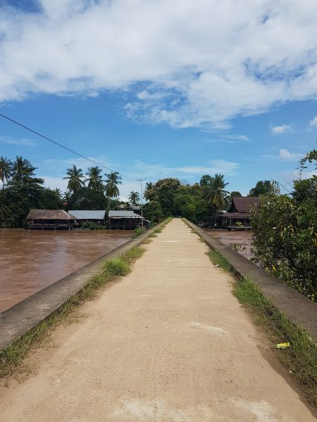 "Laos: Si Phan Don, Don Det and The 4000 Islands (ish) <img src=""images/"" width=""800"" height=""600"" alt=""4000 islands - 20180731 1418558960096776212239323 e1546914018375 - Laos: Si Phan Don, Don Det and The 4000 Islands (ish)"">"