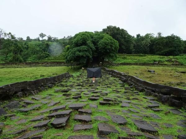 """vat phou <img src=""""images/"""" width=""""800"""" height=""""600"""" alt=""""vat phou - Bat Katie 600x450 - Laos: Pakse, Vat Phou? Beautiful Ruins, That&#8217;s Vat!"""">"""