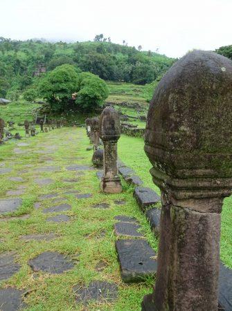 "vat phou <img src=""images/"" width=""800"" height=""600"" alt=""vat phou - Cock of the walk 335x450 - Laos: Pakse, Vat Phou? Beautiful Ruins, That&#8217;s Vat!"">"