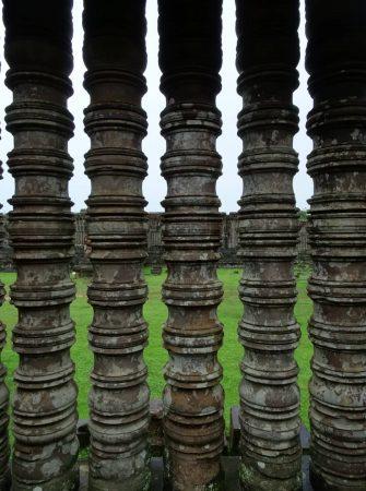 """vat phou <img src=""""images/"""" width=""""800"""" height=""""600"""" alt=""""vat phou - Pull the blinds 335x450 - Laos: Pakse, Vat Phou? Beautiful Ruins, That&#8217;s Vat!"""">"""