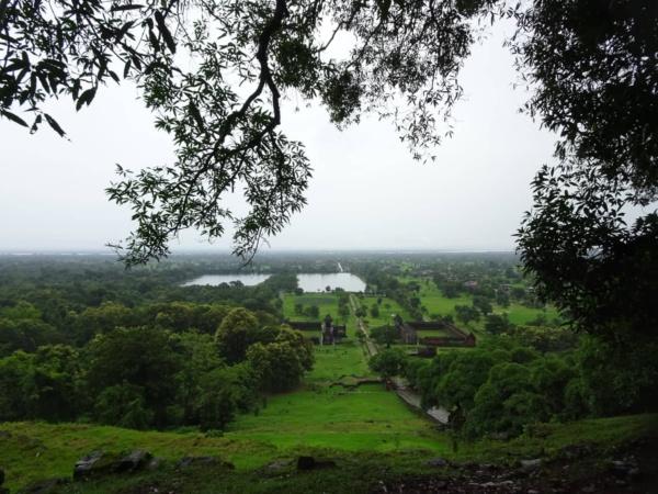 "vat phou <img src=""images/"" width=""800"" height=""600"" alt=""vat phou - Vat Phou view from the top 600x450 - Laos: Pakse, Vat Phou? Beautiful Ruins, That&#8217;s Vat!"">"