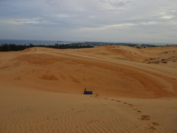 "Mui Ne <img src=""images/"" width=""800"" height=""600"" alt=""mui ne - sleeping bag dunes 600x450 - Vietnam: Show Me The Mui Ne"">"